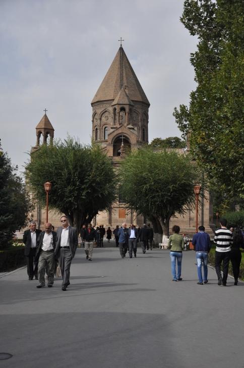 מאייר תאצ'אר, ארמניה