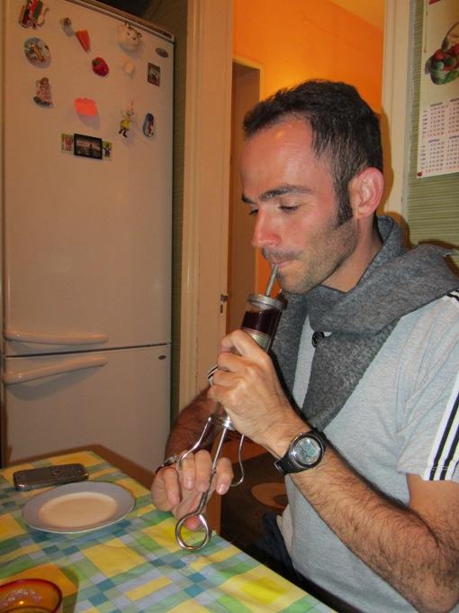 מזריקים יין ביתי, טביליסי, גיאורגיה