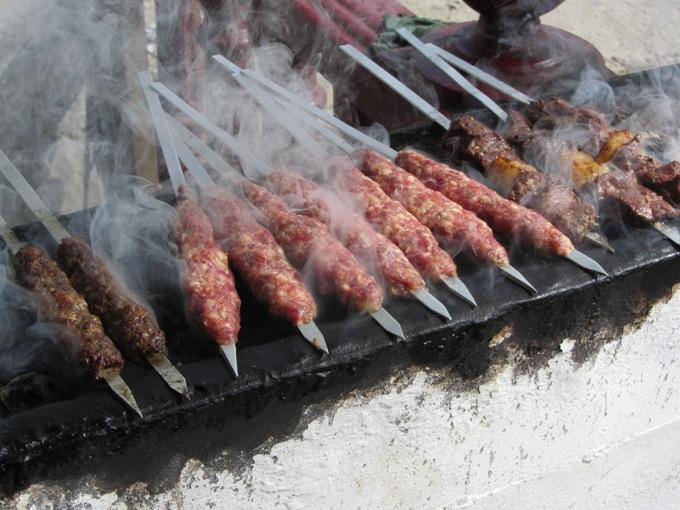 קבבים מהבשר שלמעלה