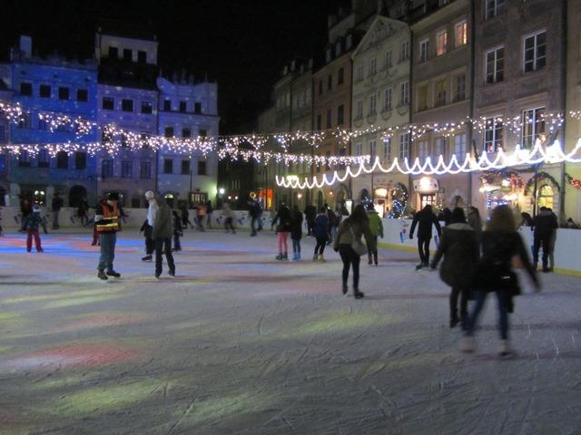 כיכר השוק העתיקה, וורשה, פולין
