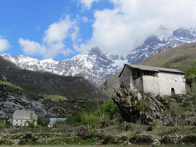 עמק טת, אלבניה
