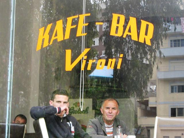בר קפה, אלבניה