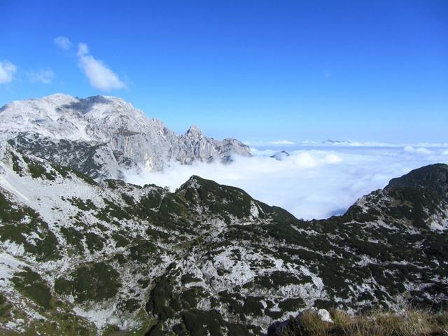 פסגת הר שקר כלשהו, טריגלאב, סלובניה