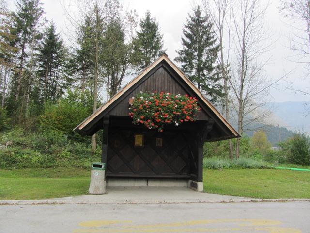 תחנת אוטובוס, בוהיני, סלובניה