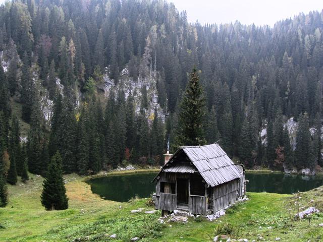 בקתות בטריגלאב, סלובניה